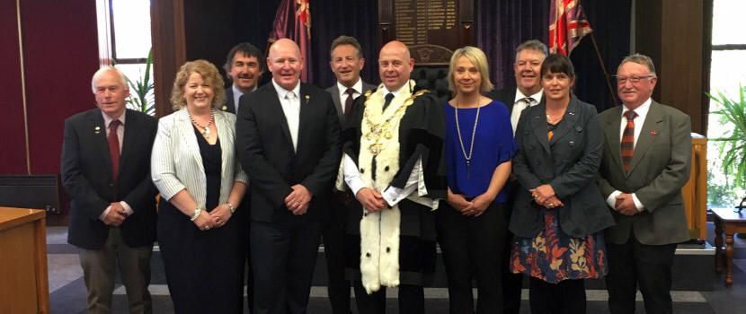 Elected council members thumbnail image.